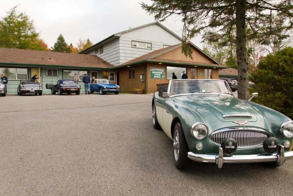 Hotel Pictures: Sherbrooke Village Inn, Sherbrooke