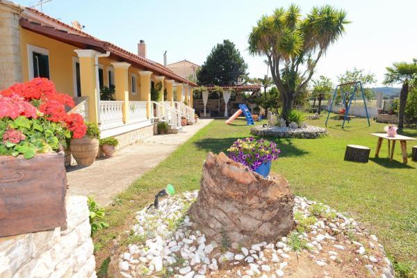 Hotel Pictures: Villa Anna, Almiros Beach