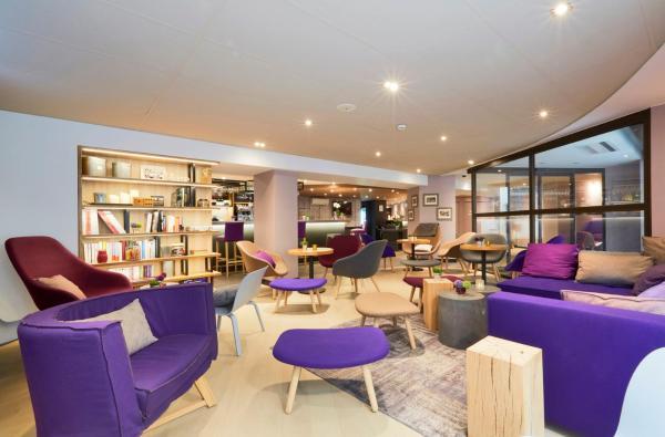 Hotel Pictures: Campanile Paris Ouest - Pont de Suresnes, Suresnes