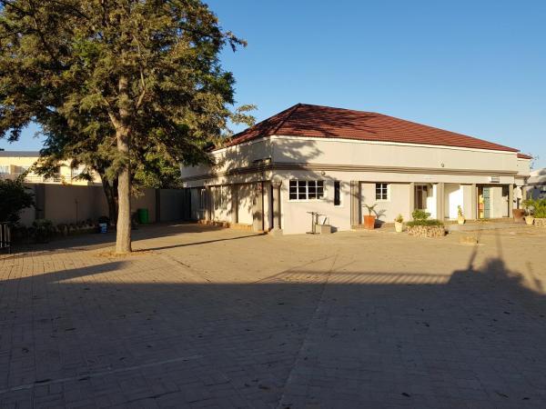 Hotel Pictures: Batho Pele Lodge, Gaborone