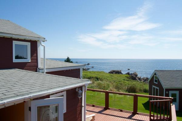 Hotel Pictures: Sailor`s Rest House, Arichat