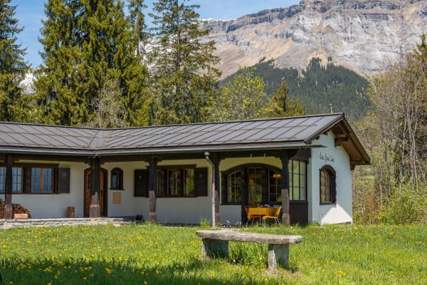 Hotel Pictures: Edelweiss Prau Sura, Flims