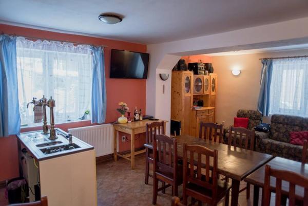 Hotel Pictures: Penzion Josefuv Dul, Josefuv dul