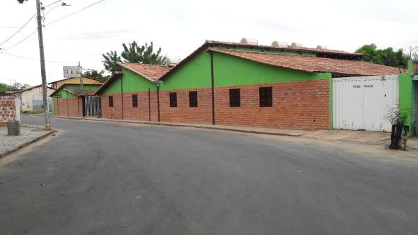 Hotel Pictures: Pousada Camaleão, Itacarambi