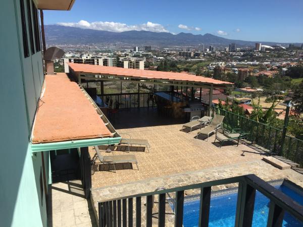 Hotel Pictures: Apartamentos mirador, San Antonio