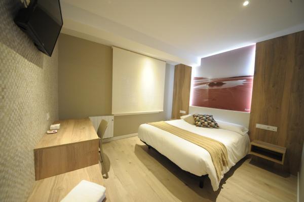 Hotel Pictures: Rio Sil Carballo, Carballo