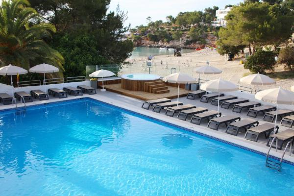 Hotel Pictures: Sandos El Greco Beach - Adults Only - All inclusive, Portinatx