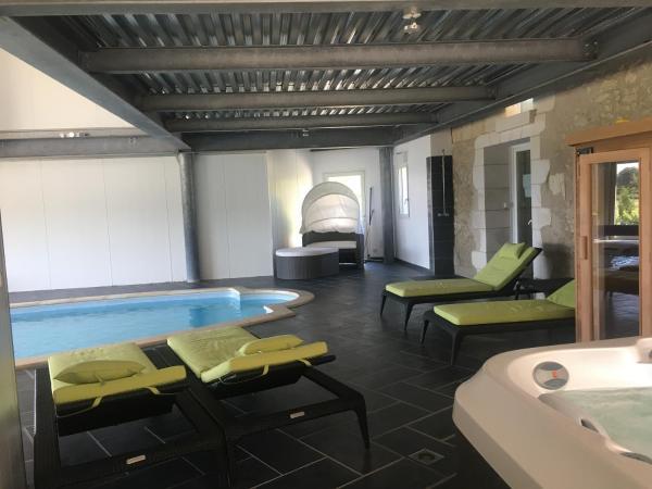 Hotel Pictures: Chambre d'hôtes Take Off, Saint-Georges-sur-Cher