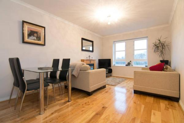 Hotel Pictures: Cathcart Glasgow Apartment, Glasgow