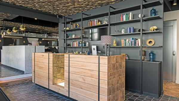 Hotel Pictures: ibis Styles Laval Centre Gare, Laval