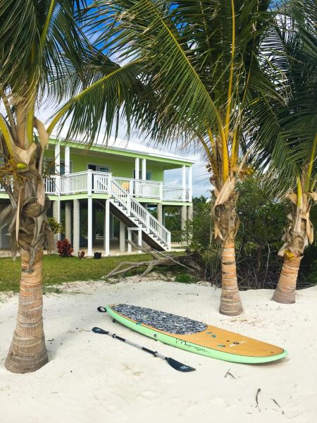 Hotel Pictures: Keylime Beach House, Abaco Island