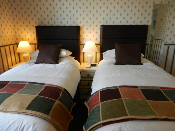 Hotel Pictures: Overcombe House, Yelverton