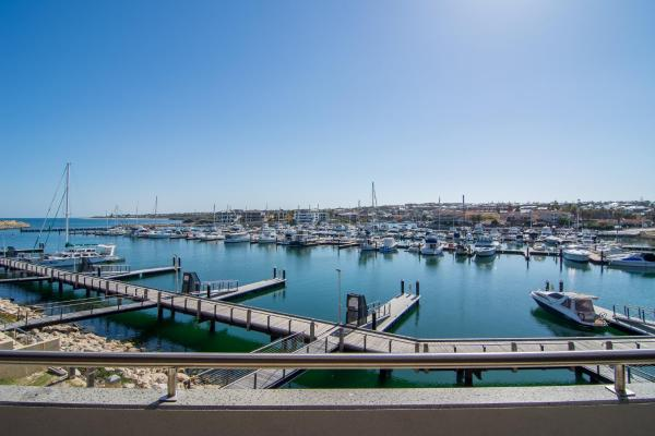 ホテル写真: Luxury Saltwater Apartment, Mindarie