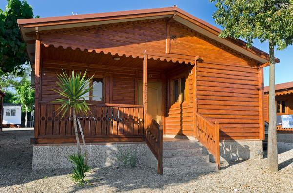 Wooden Cabin (2 Adults)