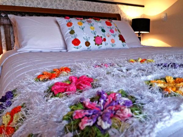 Hotel Pictures: Eco Pousada Quaresmeiras, Pedra Azul