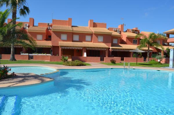 Hotel Pictures: Albatros Playa 2 - 9408, Mar de Cristal