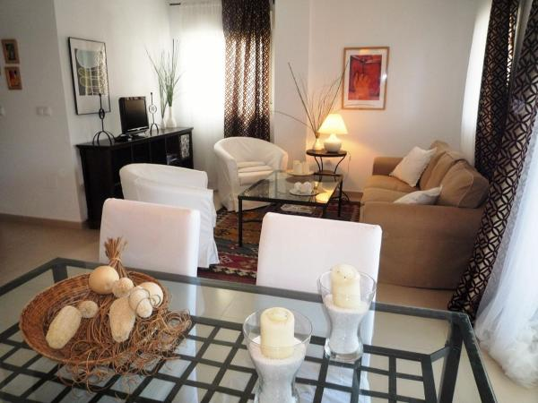 Hotel Pictures: Ebooking Home La Torre, Torre-Pacheco