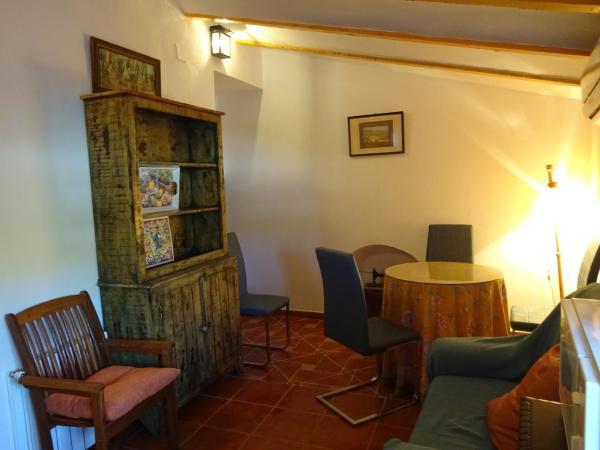 Hotel Pictures: Cortijo El Pinar, Montilla