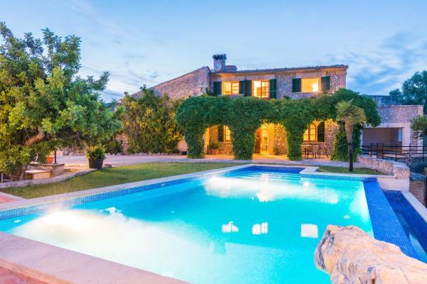 Hotel Pictures: Ausella, Moscari