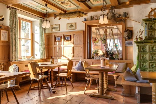 Hotel Pictures: Hotel Seehof, Herrsching am Ammersee