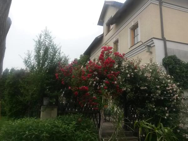 Fotos de l'hotel: Frühstückspension Csenar, Bad Fischau