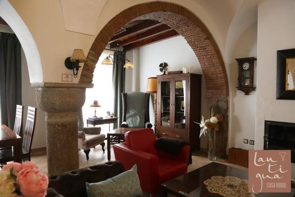 Hotel Pictures: LANTIGUA Casa Rural, Hinojosa del Duque