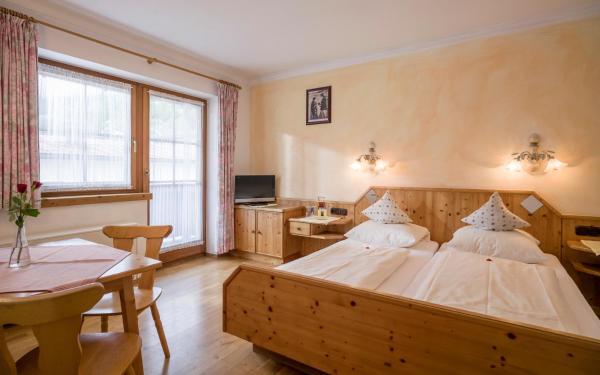 Фотографии отеля: Gasthof Pension Brixnerwirt, Бриксен-им-Тале
