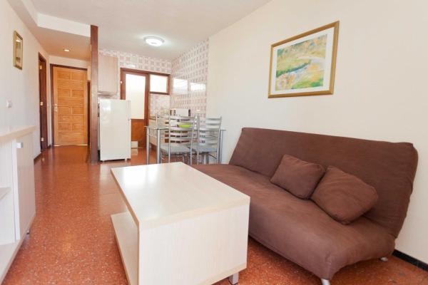 2-Bedroom Apartment (4-5 People)