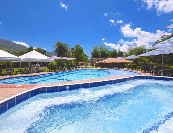 Hotel Pictures: Finca Hotel Wayra Barbosa, Barbosa