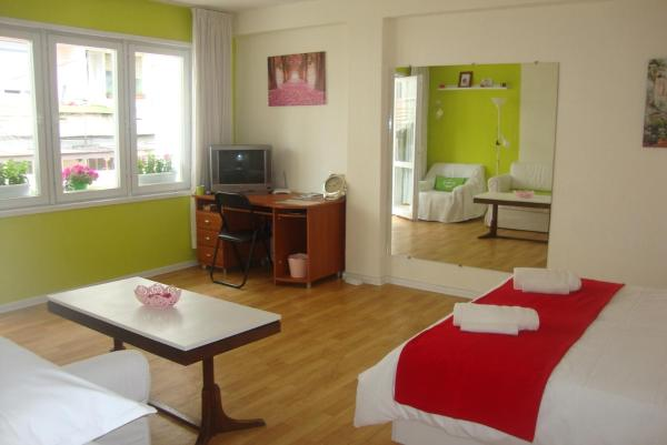 Hotellbilder: Guest Rooms Colours, Kazanlŭk