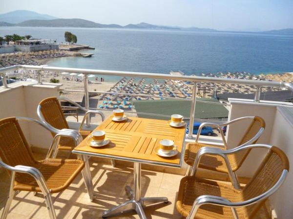 ホテル写真: Holiday apartment on the sea shore (12), Sarandë