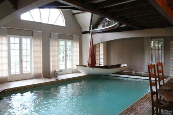 Hotel Pictures: Les Jardins Carnot - Suite avec piscine privée, Compiègne