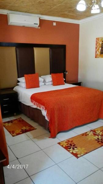 Hotel Pictures: StayEasy Inn, Gaborone
