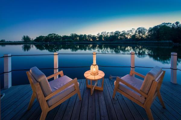 Hotel Pictures: Schwimmende Suiten Usedom, Krummin