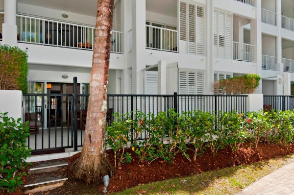 Foto Hotel: 5213 BEACH CLUB DIRECT POOL ACCESS, Palm Cove