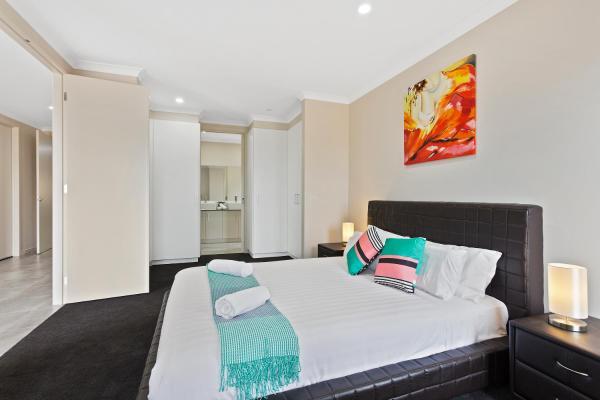 酒店图片: Greenvale Gardens Villas - Melbourne, Greenvale
