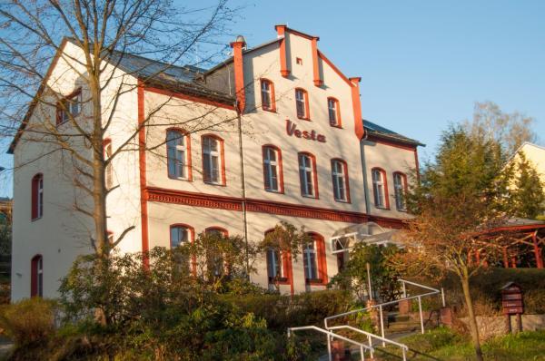 Hotel Pictures: Hotel - Pension Vesta, Bad Elster