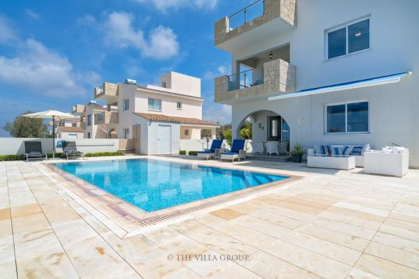 Hotel Pictures: Villa 491157, Peyia