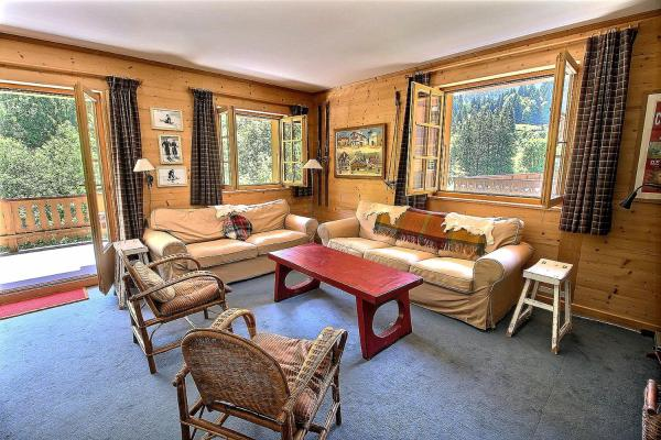 Hotel Pictures: Appartement Vieze, Champéry