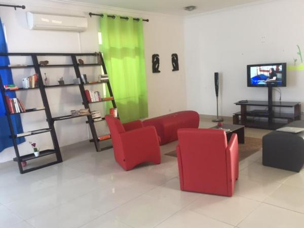 Hotellikuvia: Costa do Sol Guesthouse, Luanda