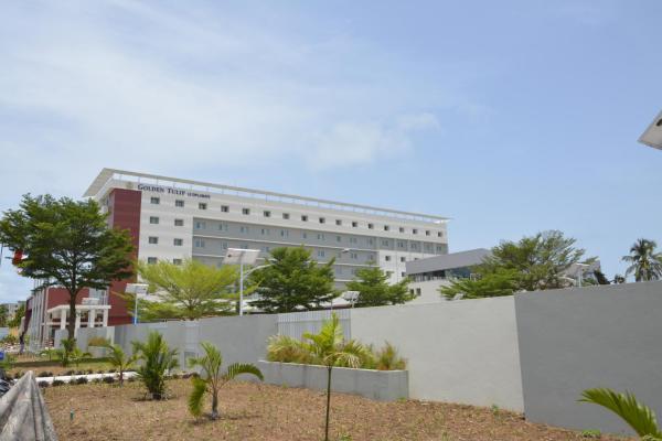 Hotel Pictures: Golden Tulip Le Diplomate, Cotonou