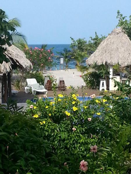 Hotel Pictures: Miller's Landing Resort, Placencia Village