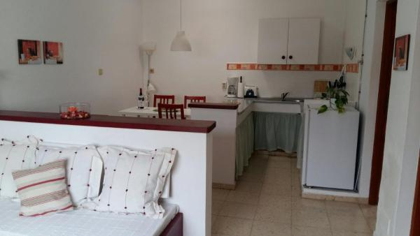 Hotel Pictures: Apartamentos Los Vientos (Apto 3), Orzola