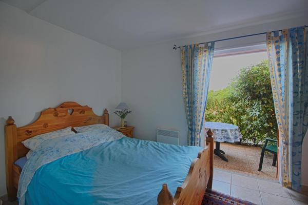 Hotel Pictures: Appartement Puntarella, Porticcio