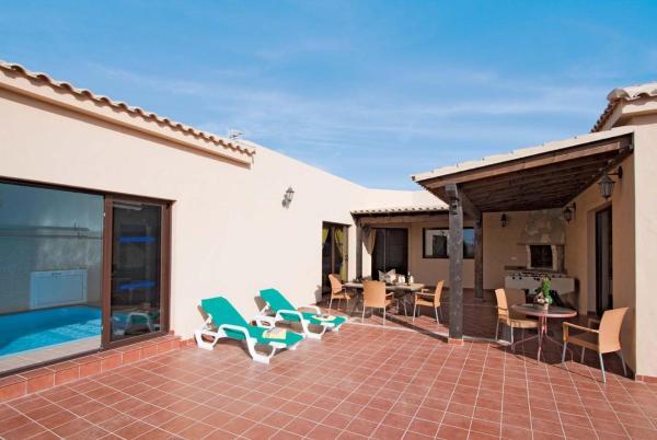 Hotel Pictures: Villa Alegre, Lajares