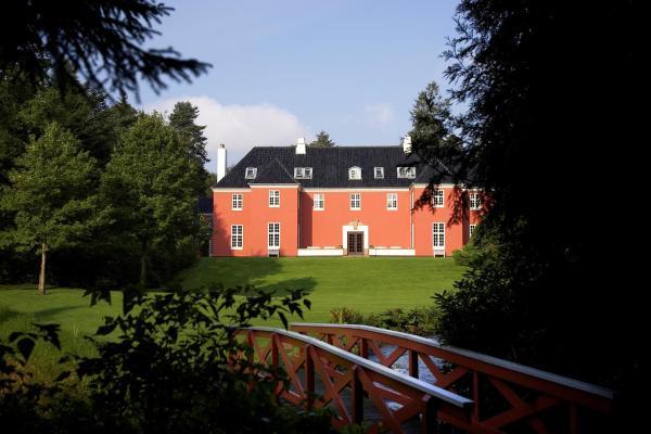 Hotel Pictures: Sinatur Hotel Skarrildhus, Skarrild