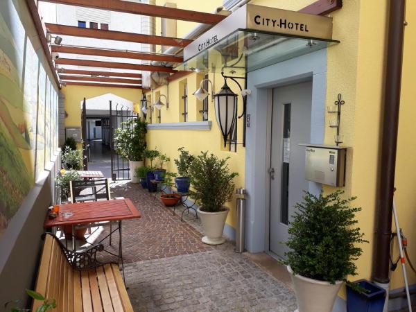 Hotel Pictures: City Hotel Metropole, Schopfheim