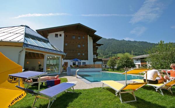 Fotos do Hotel: Hotel Simmerlwirt, Niederau