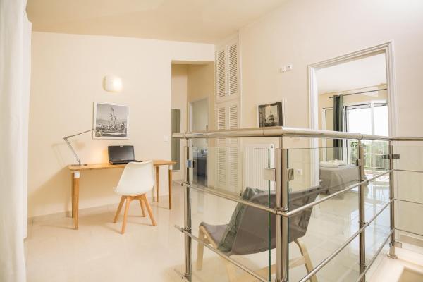 Hotel Pictures: Skales Villas, Almiros Beach