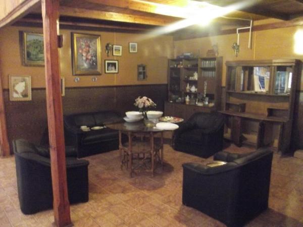 Hotel Pictures: Casona Los Arces, Pinto